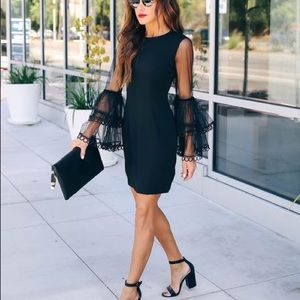 Fitted Vici  Lace Bell Sleeve Dress